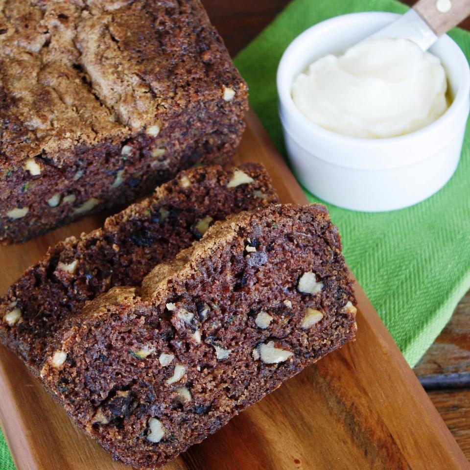 Cinnamon Walnut Zucchini Bread