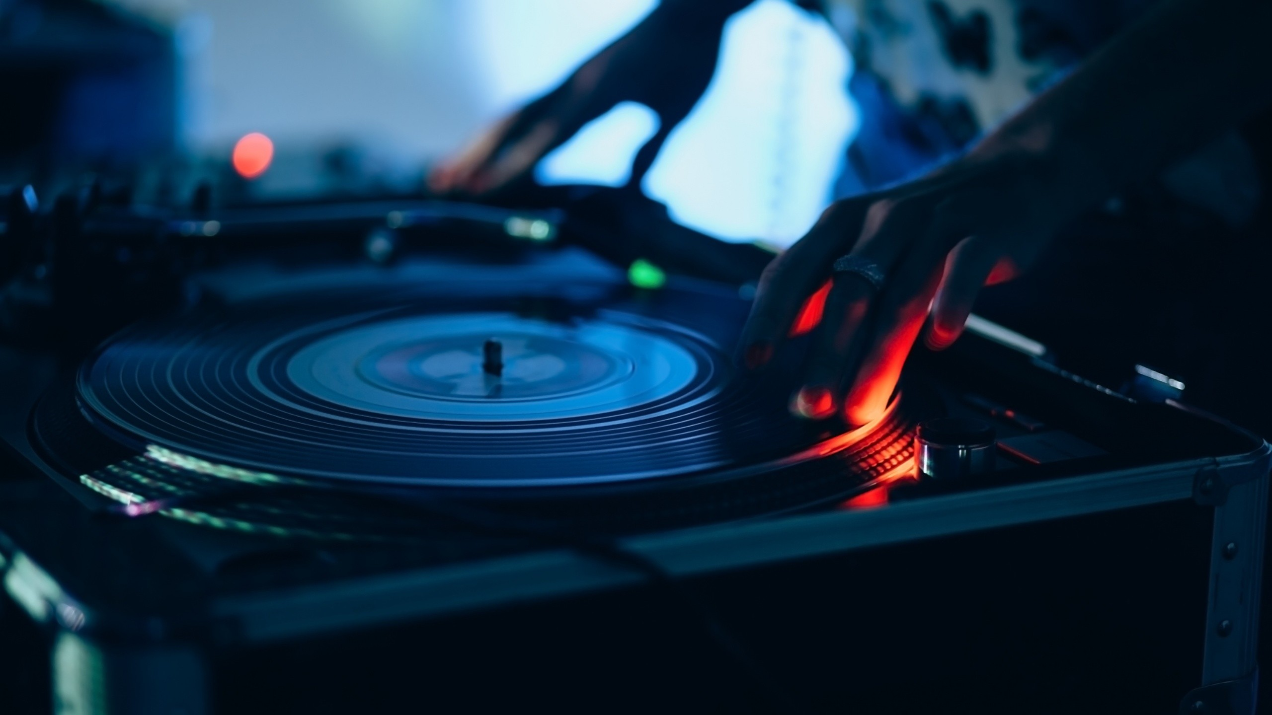 A DJ Sets Up Another Record